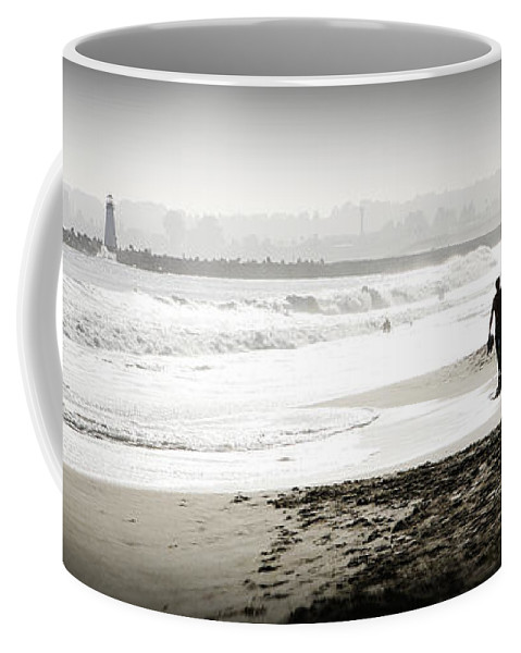 Men Coffee Mug featuring the photograph Surreal Beach by Marilyn Hunt