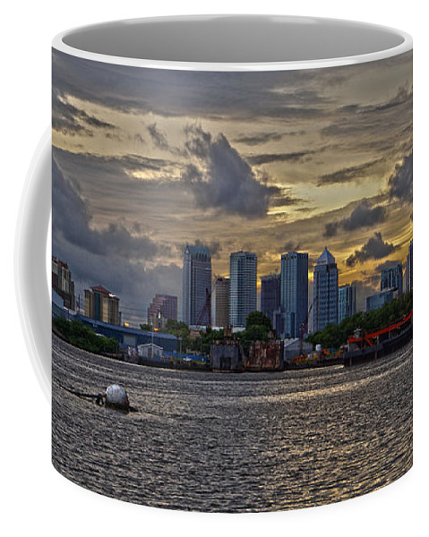 Tampa Coffee Mug featuring the photograph Tampa Skyline by Chauncy Holmes