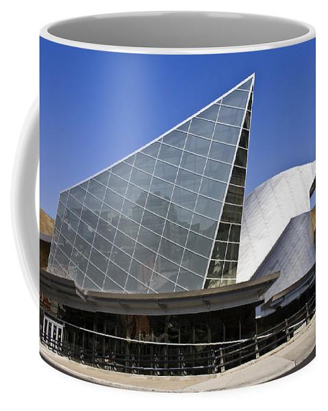 Roanoke Coffee Mug featuring the photograph Taubman Museum Of Art Roanoke Virginia by Teresa Mucha