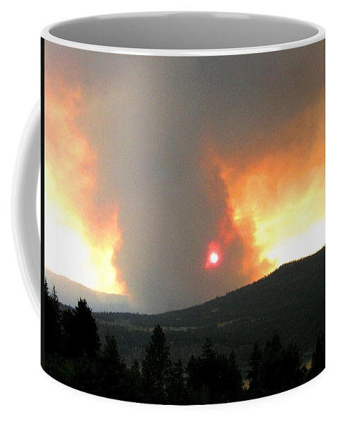 Forest Fire Coffee Mug featuring the photograph Terrace Mountain Fire 3 by Will Borden