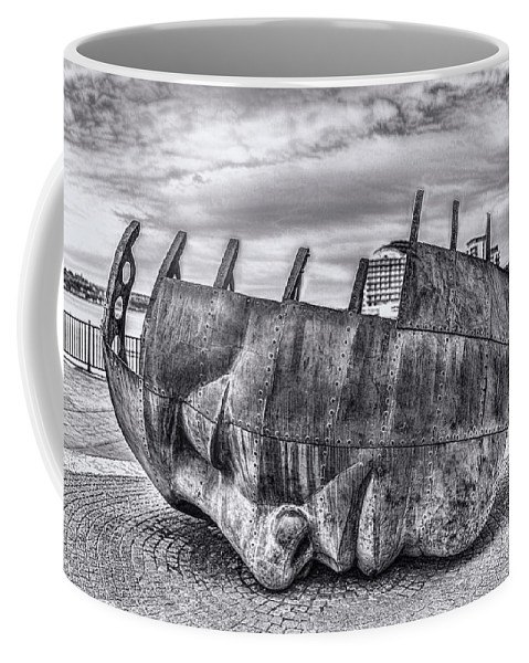 Brenizer Method Brenizer Coffee Mug featuring the photograph The Face Of The Bay Mono by Steve Purnell