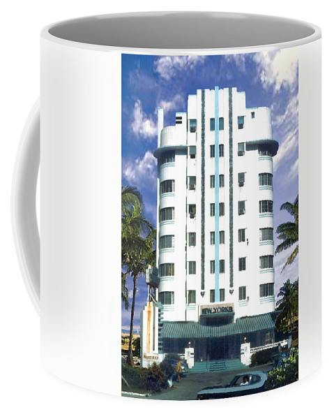 Miami Coffee Mug featuring the photograph The New Yorker by Steve Karol