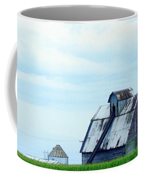 Photography Coffee Mug featuring the photograph This Old Barn by J R Seymour