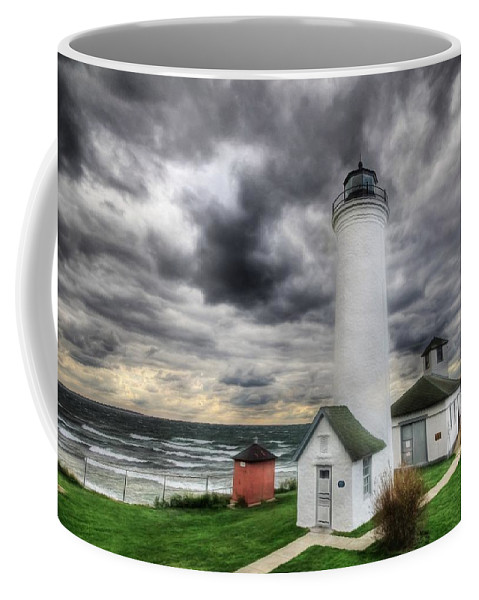 Tibbetts Point Lighthouse Coffee Mug featuring the photograph Tibbetts Point Lighthouse by Lori Deiter