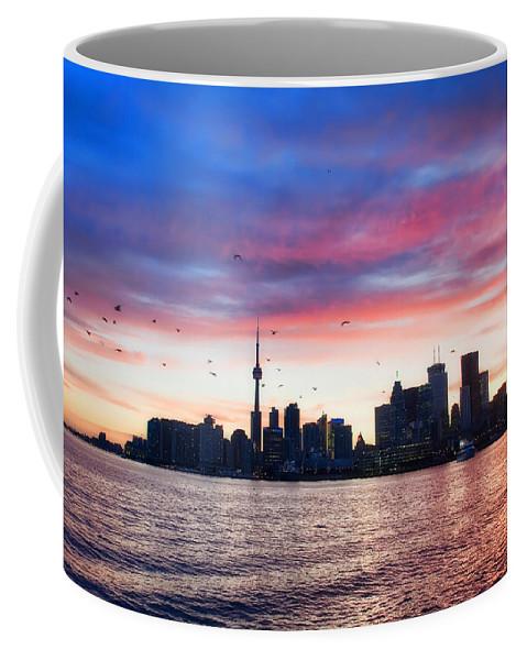 Toronto Coffee Mug featuring the photograph Toronto Skyline by Tammy Wetzel