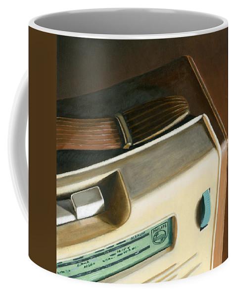 Vintage Coffee Mug featuring the painting Transistor Radio by Rob De Vries