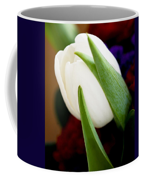 Floral Coffee Mug featuring the photograph Tulip Arrangement 4 by Marilyn Hunt