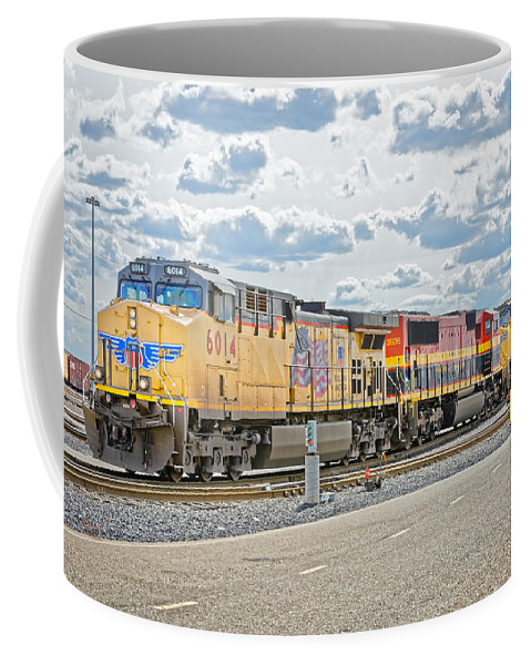 California Coffee Mug featuring the photograph Up6014 by Jim Thompson