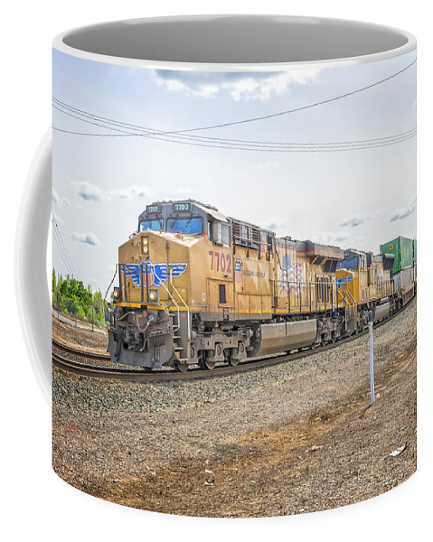 California Coffee Mug featuring the photograph Up7702 by Jim Thompson