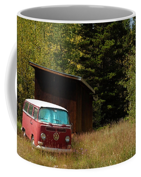 Volkswagen Coffee Mug featuring the photograph Vintage Volkswagen And Aspens 1 by Marilyn Hunt