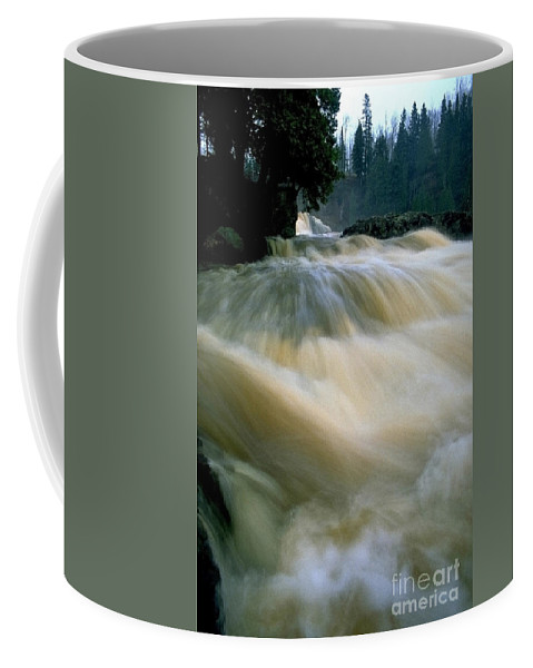 Water Coffee Mug featuring the photograph Water Coming Right At You by Sven Brogren