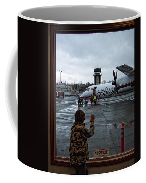 Airplane Coffee Mug featuring the photograph Welcome Home by Donna Blackhall