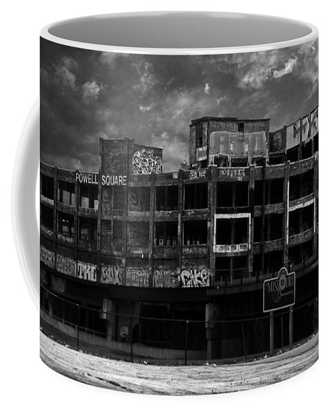 Missouri Coffee Mug featuring the photograph Welcome To Missouri by Anthony Jones