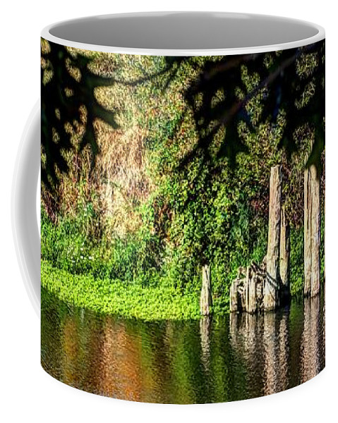 Oregon Coffee Mug featuring the photograph Willamette River Reflections 3783 by Jerry Sodorff