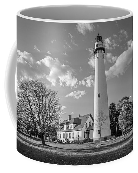 Wind Point Lighthouse And Old Coast Guard Keepers Quarters 3 Coffee Mug featuring the photograph Wind Point Lighthouse And Old Coast Guard Keepers Quarters 3 by Susan McMenamin