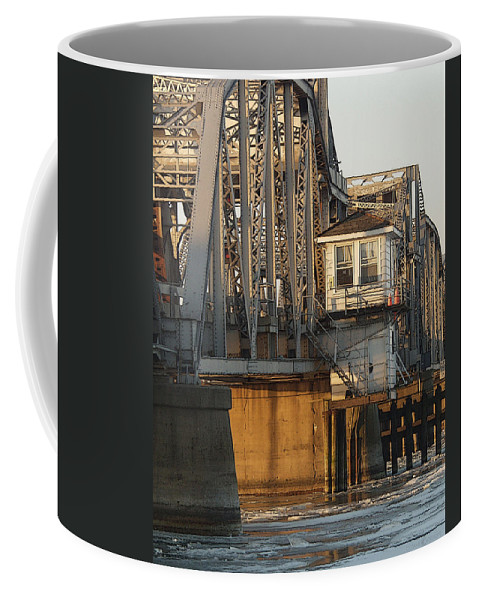 Bridge Coffee Mug featuring the photograph Winter Bridgehouse by Tim Nyberg