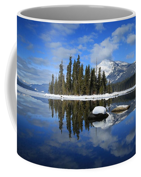 Winters Mirror Coffee Mug featuring the photograph Winters Mirror by Lynn Hopwood