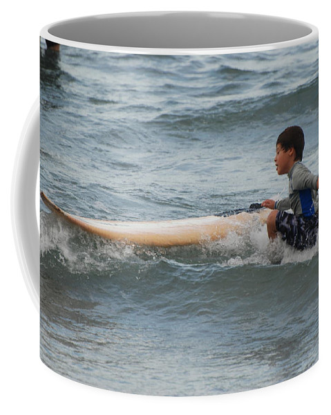 Beach Coffee Mug featuring the photograph Wipe Out by Rob Hans