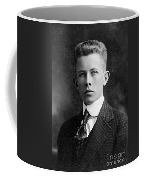 Science Coffee Mug featuring the photograph Young Ernest Lawrence by Science Source