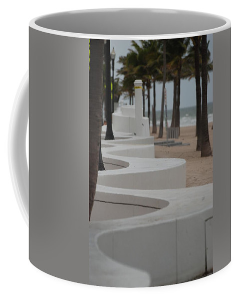 Pop Art Coffee Mug featuring the photograph Zig Zag At The Beach by Rob Hans