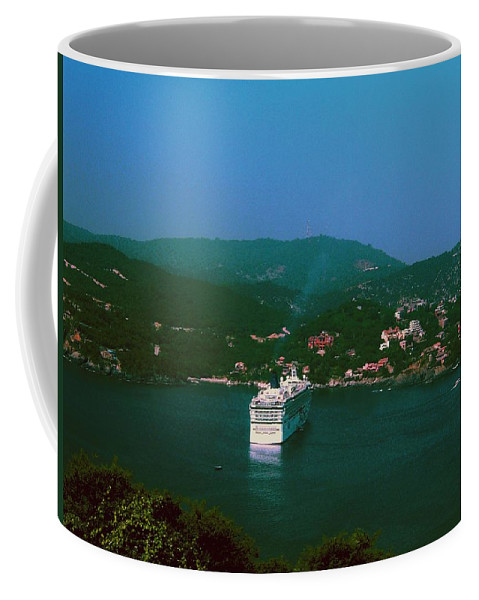 Mexico Coffee Mug featuring the photograph Zihuatanejo by Gary Wonning