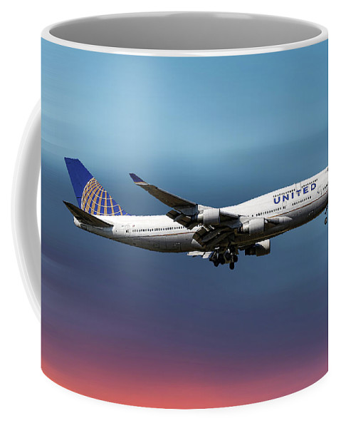 United Airlines Coffee Mug featuring the mixed media United Airlines Boeing 747-422 by Smart Aviation