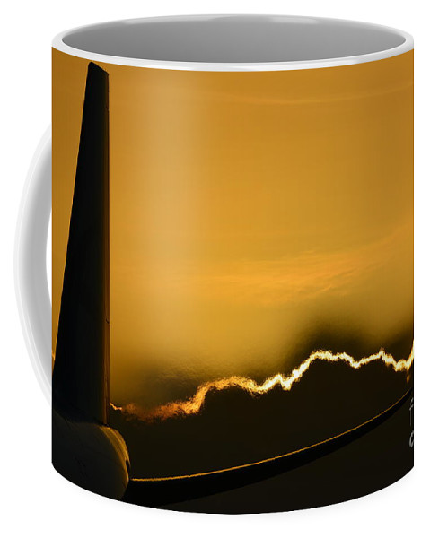 Aviation Coffee Mug featuring the photograph Aviation Sunset by Hector Badillo