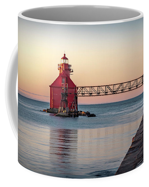 Lighthouse Coffee Mug featuring the photograph 20-0611-0386 by Anthony Roma