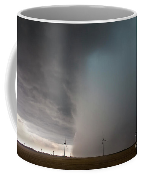 Ontario Coffee Mug featuring the photograph Incoming Storm by Francis Lavigne-Theriault
