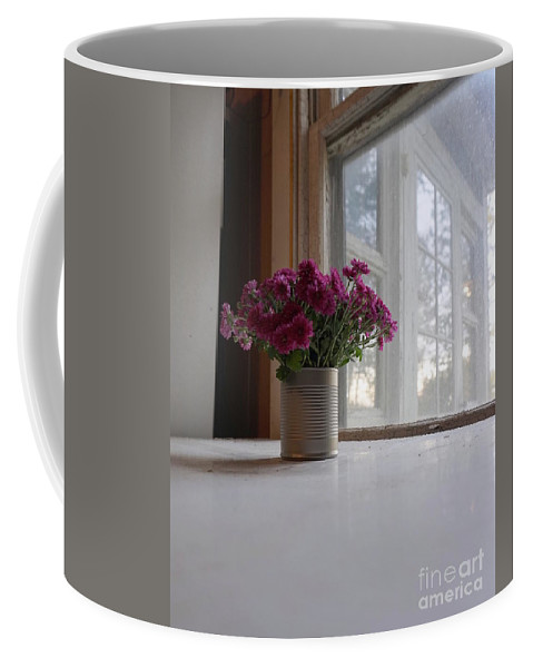 Wall Art Coffee Mug featuring the photograph Table For One by Chris Naggy
