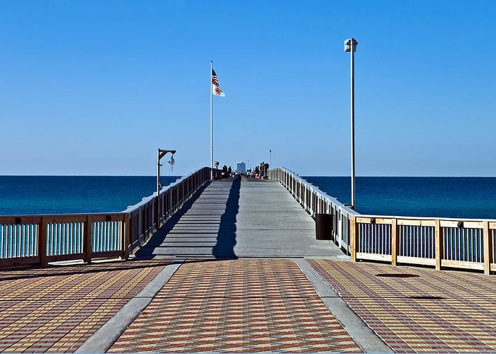 Wooden Greeting Card featuring the photograph Fishing Pier by Susan Leggett