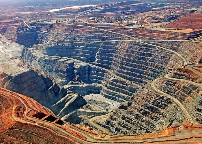 Mineral Greeting Card featuring the photograph Kcgm. Gold Mine,western Australia by John W Banagan