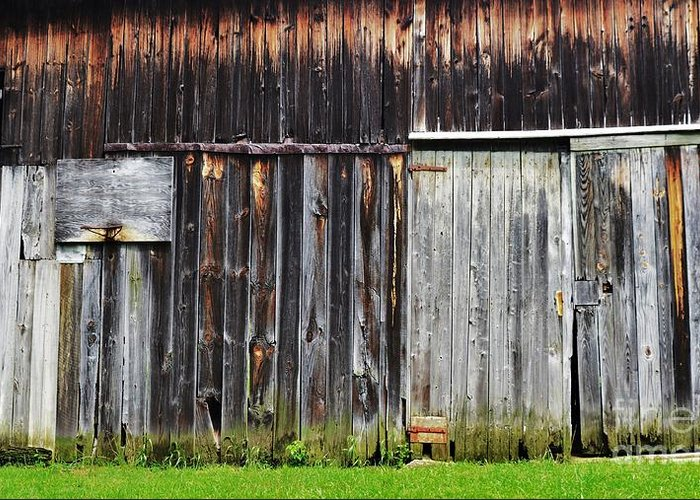 Americana Greeting Card featuring the photograph Old Barn by Joseph Perno