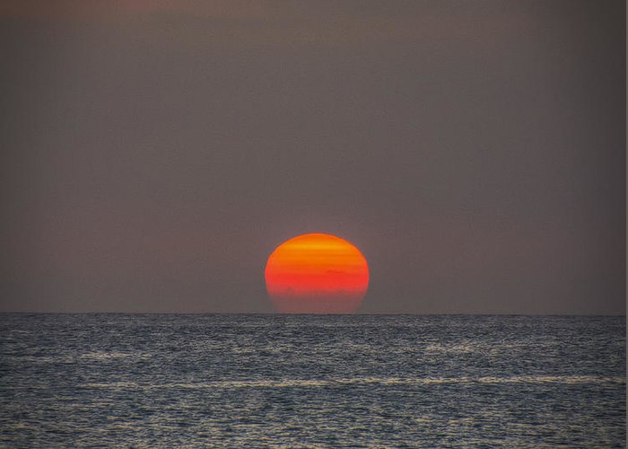 Setting Sun Greeting Card featuring the photograph Setting Sun by Mitch Shindelbower