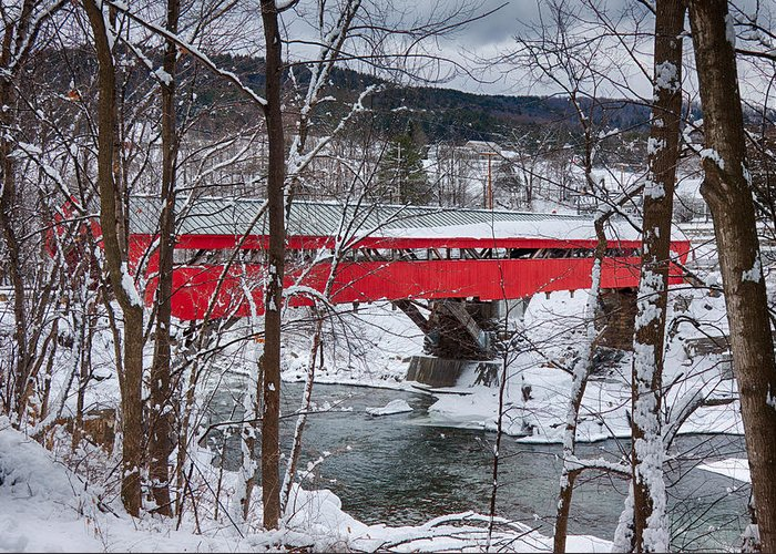 New England Covered Bridge Greeting Card featuring the photograph Taftsville Covered Bridge by Jeff Folger