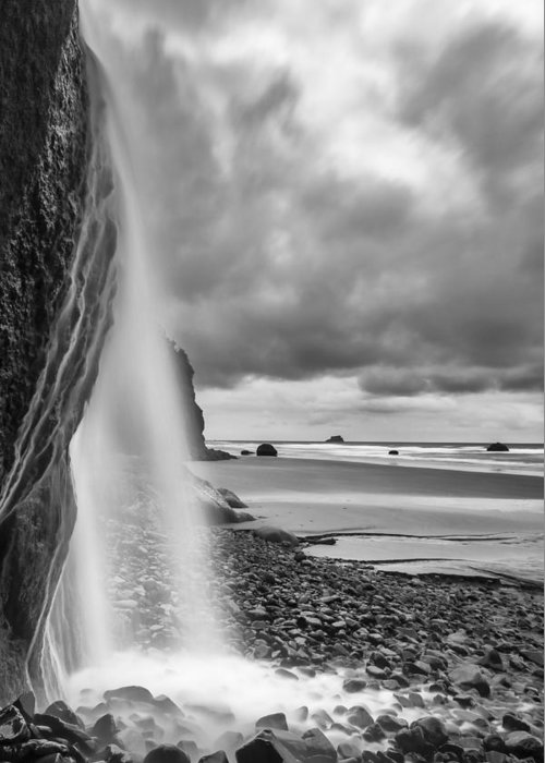 Vertical Greeting Card featuring the photograph Falling Into The Sea by Jon Glaser