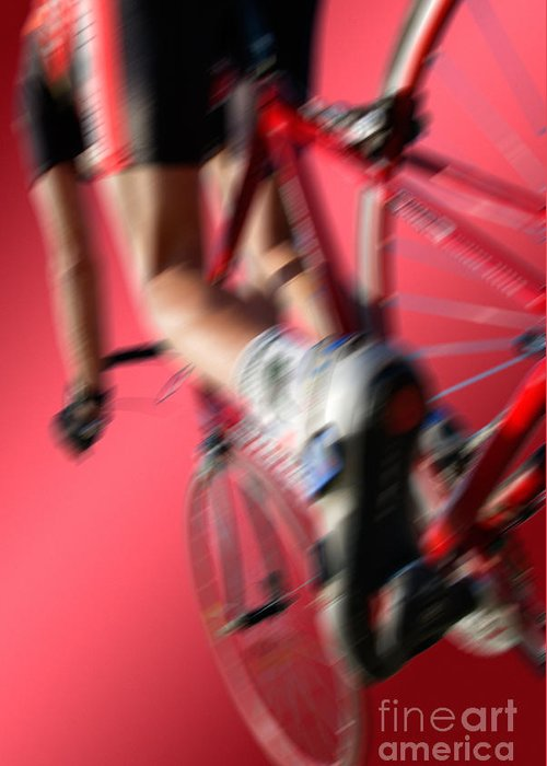 Rot Greeting Card featuring the photograph Dynamic Racing Cycle by Juergen Ritterbach