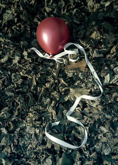 Balloon Greeting Card featuring the photograph Red Balloon by Joana Kruse