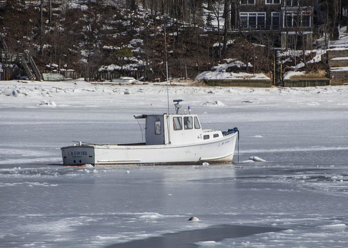 Eatons Neck Greeting Card featuring the photograph Boat And Ice Hobart Beach Ny by Susan Jensen