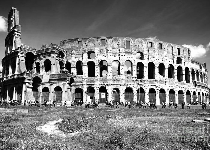 Rome Greeting Card featuring the photograph Colosseum by Stefano Senise