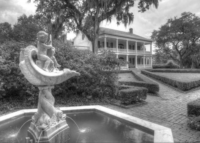 Rosedown Plantation Home Greeting Card featuring the photograph Rosedown Plantation by Photo Advocate