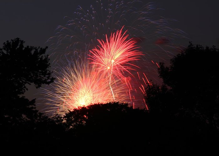 Washington Greeting Card featuring the photograph 4th Of July Fireworks - 01131 by DC Photographer