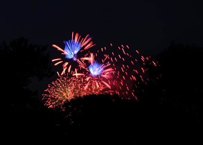 Washington Greeting Card featuring the photograph 4th Of July Fireworks - 011319 by DC Photographer