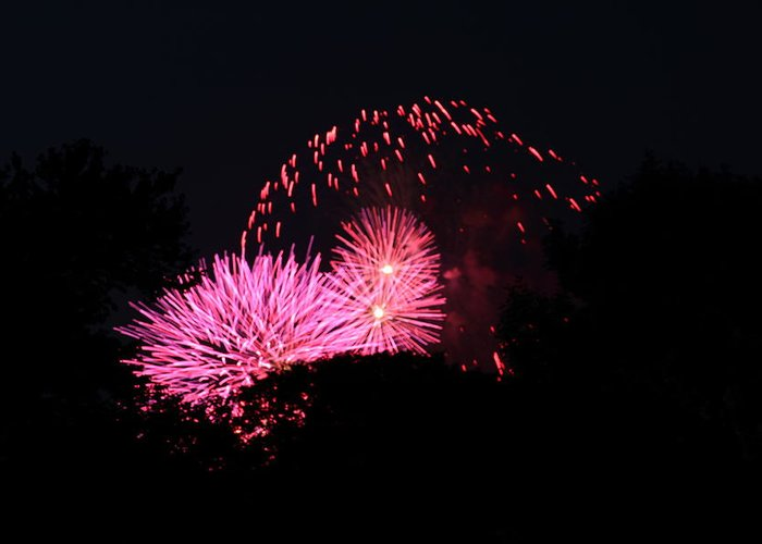 Washington Greeting Card featuring the photograph 4th Of July Fireworks - 011325 by DC Photographer