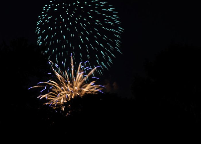 Washington Greeting Card featuring the photograph 4th Of July Fireworks - 011330 by DC Photographer