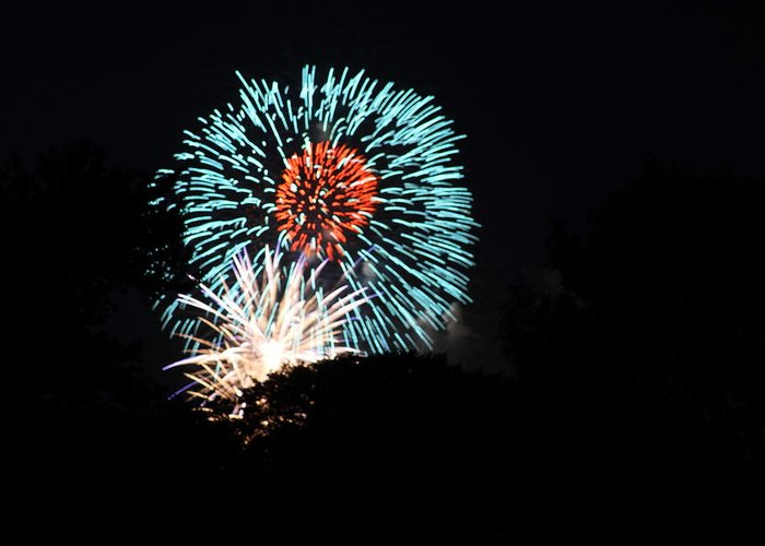 Washington Greeting Card featuring the photograph 4th Of July Fireworks - 011331 by DC Photographer