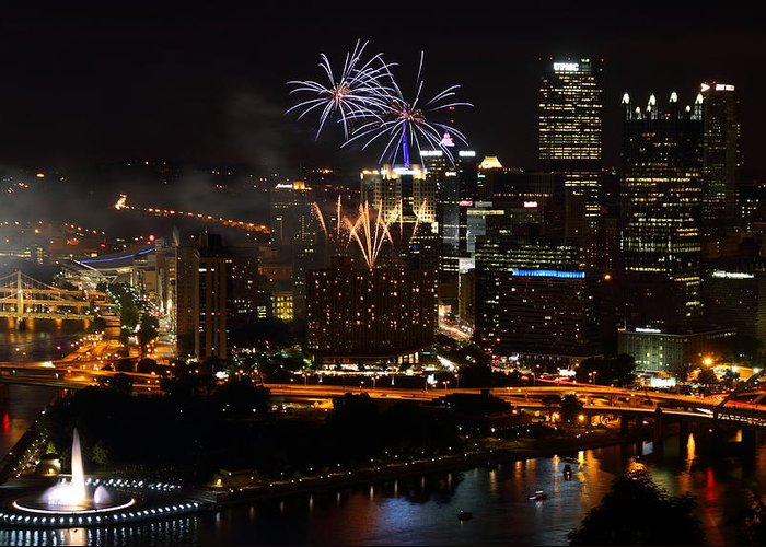 Pittsburgh Greeting Card featuring the photograph 4th Of July Firworks In Pittsburgh by Jetson Nguyen