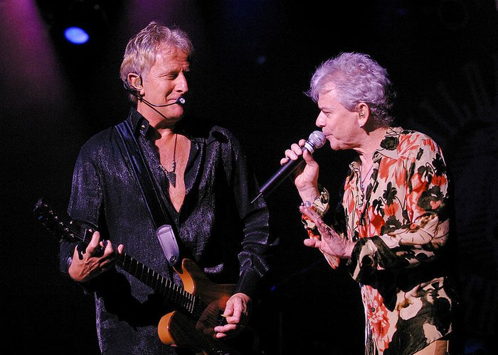 Don Olea Greeting Card featuring the photograph Air Supply by Don Olea