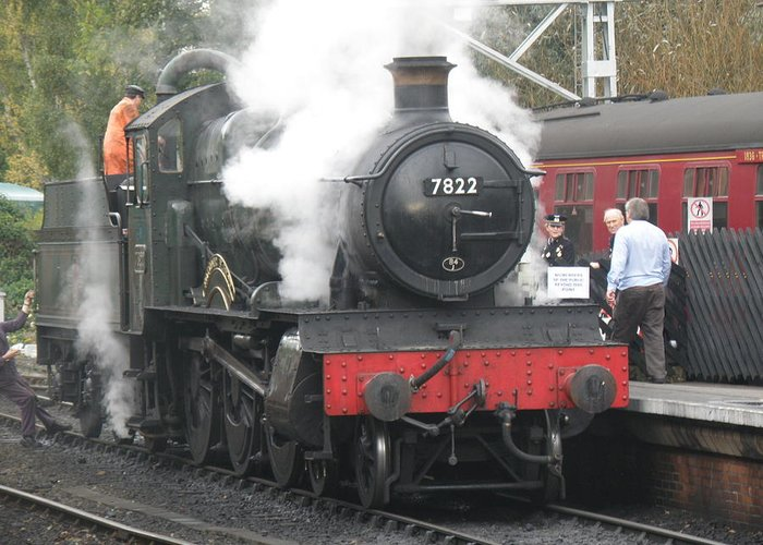 Steam Greeting Card featuring the photograph 7822 'foxcote Manor' by Ted Denyer