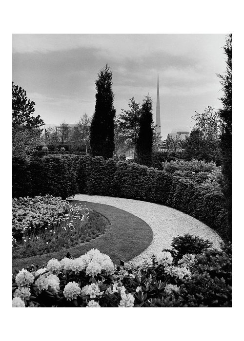 Garden Greeting Card featuring the photograph A Bobbink & Atkins Garden by Ben Schnall
